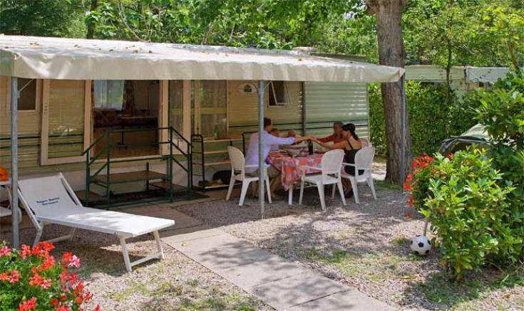 Camping parco delle piscine sarteano siena for Camping parco delle piscine