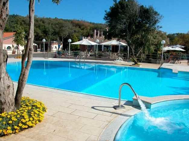 Camping miramare livorno - Camping in toscana sul mare con piscina ...
